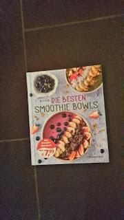 http://booksandmyrabbits.blogspot.de/2017/02/rezension-die-besten-smoothie-bowls_26.html
