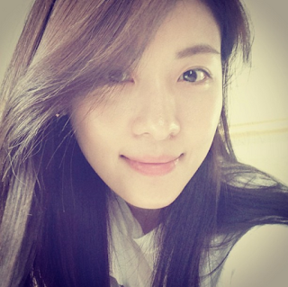Ha Ji Won private vacation in Philippines