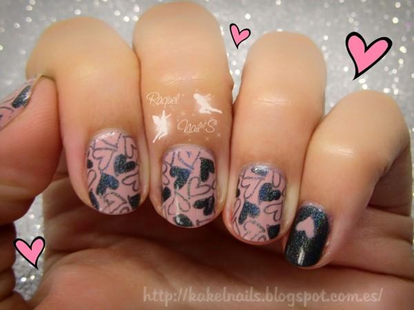 Hearts-nail-art
