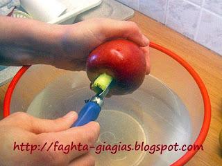 Μήλο γλυκό του κουταλιού - από «Τα φαγητά της γιαγιάς»