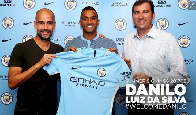 Luiz Da Silva Danilo Resmi Berseragam Manchester City