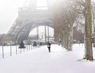 Heavy snowfall PARIS