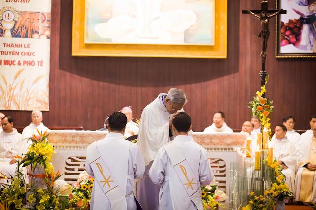 Lễ truyền chức Phó tế và Linh mục tại Giáo phận Lạng Sơn Cao Bằng 27.12.2017 - Ảnh minh hoạ 21