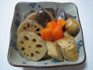 レンコンの煮物の画像です。