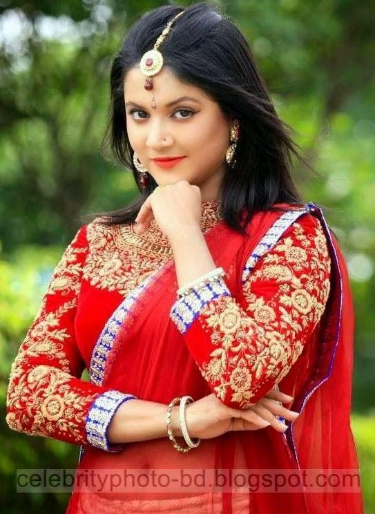 New Generation Young Bangladeshi Model and Actress Urmila Srabonti Kar Latest Wallpaper