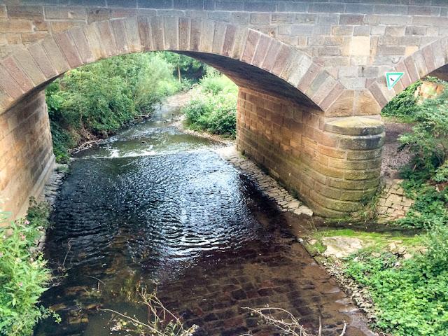 Brücke über den Guldenbach