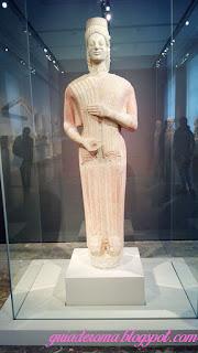 """Famosa """"Deusa de Berlim"""", escultura do IV século a.C."""