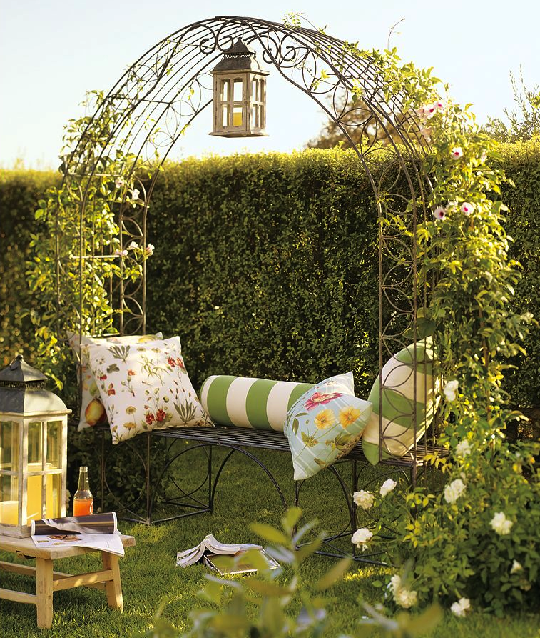 Pottery Barn Summer: Parkdale Ave.: Summer Living, Pottery Barn Style