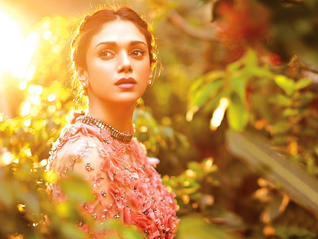 Aditi Rao Hydari modern dress