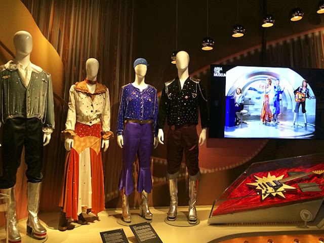 ABBA Eurovision Outfit