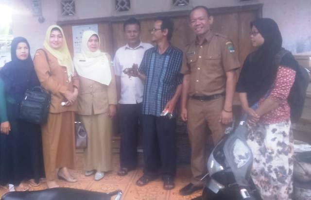 DPMD Padang Pariaman, Support Koto Dalam Barat Menjadi Nagari Penghasil Lebah Kelulut.