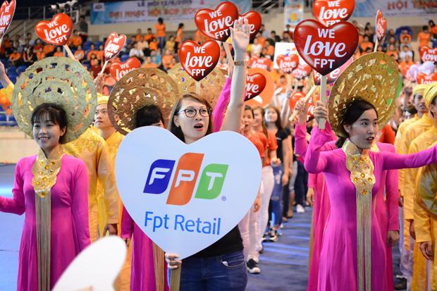 Công Ty FPT Retail 2 Năm Liên Tiếp Thưởng Lương Tháng 14