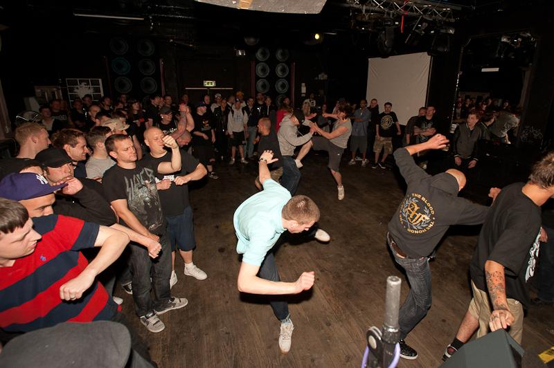 Dancing Hardcore 17