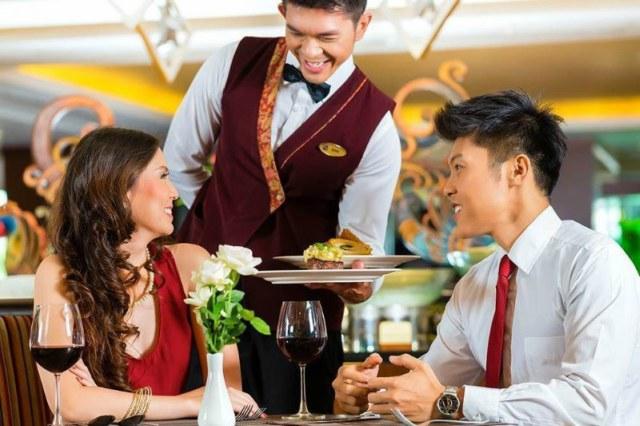 Chuỗi nhà hàng làm sao đảm bảo chất lượng dịch vụ
