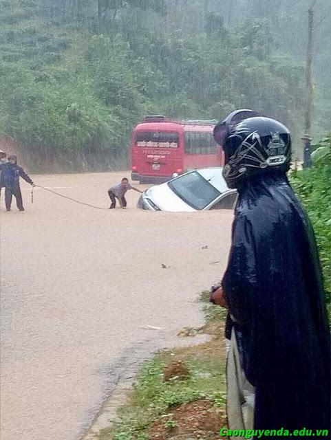 Mưa lớn lũ quét ở Hà Giang