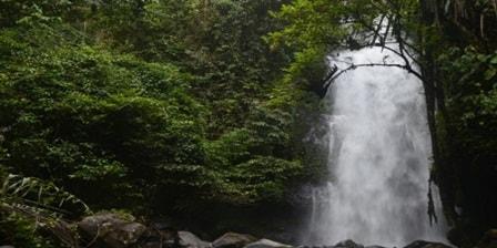 Air Terjun Tri Muara Karang