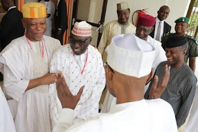 Buhari (backing camera) facing Oyegun and Makarfi with Vice President Osinbajo