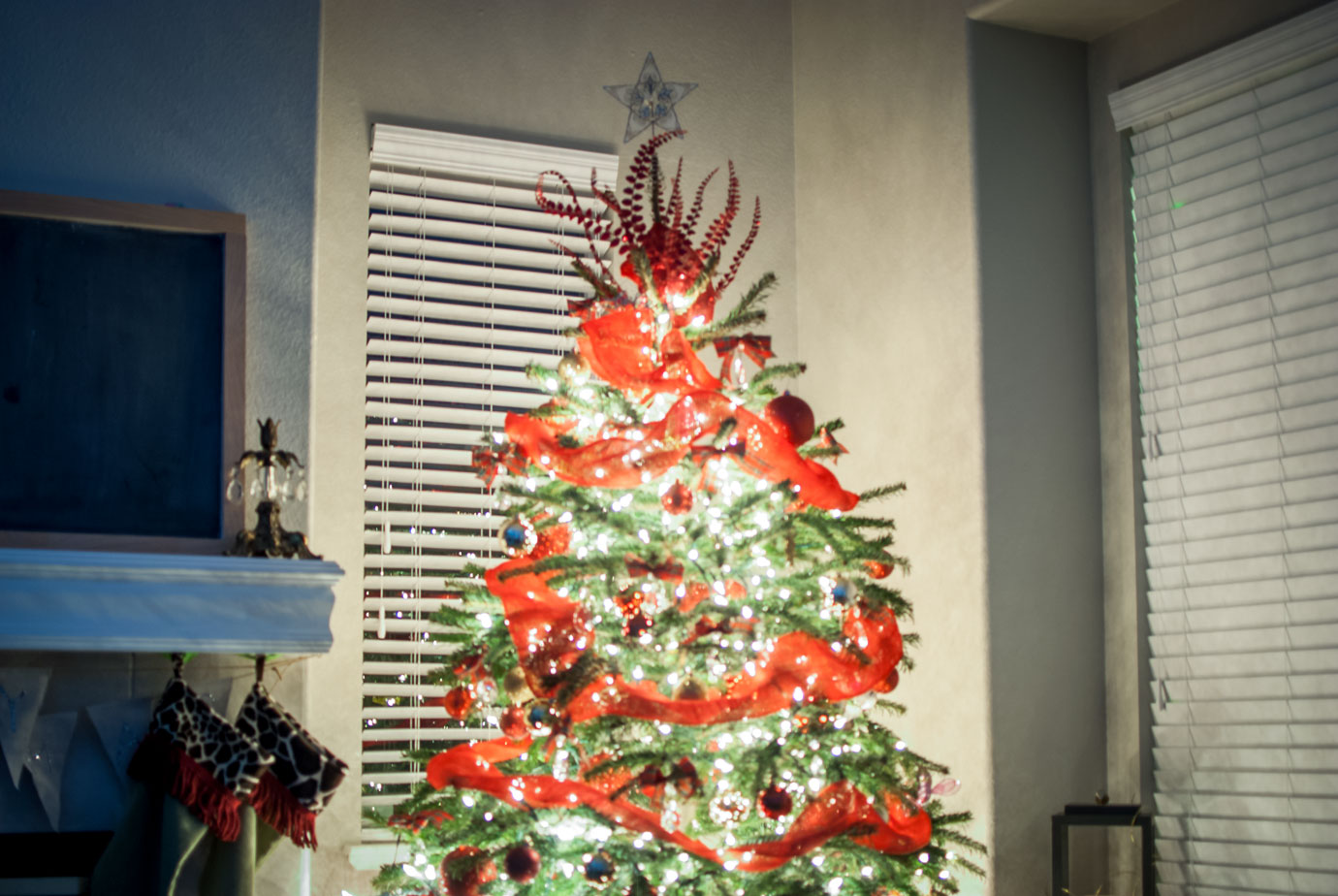 Red Christmas Tree Decor and Top of Tree #ChristmasTreeDecor
