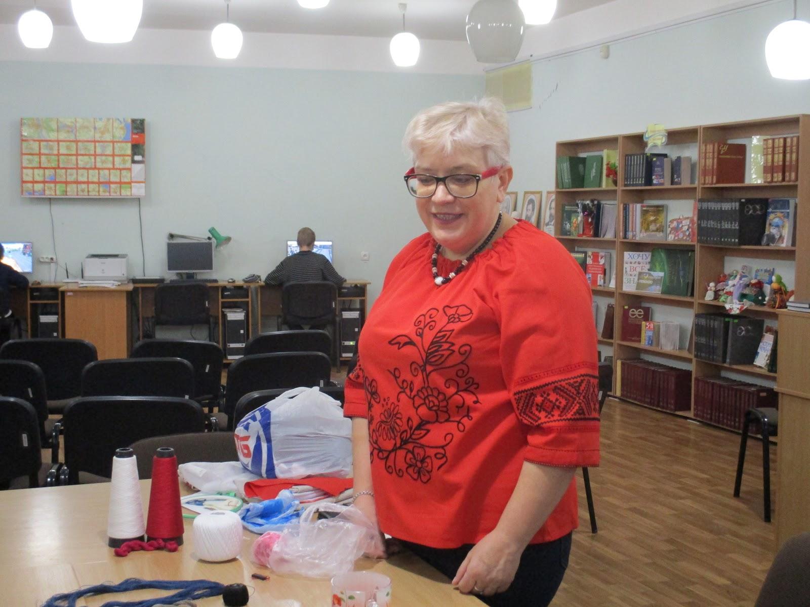 Бібліотека на Перемозі  Майстер - клас з української вишивки 137b1569417c7