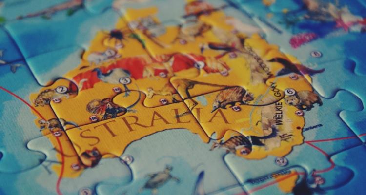 puzzle edukacyjne zwierzęta świata mapa