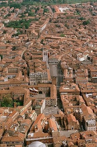 Guia de Turismo: visite Ferrara com guia de turismo em Portugues