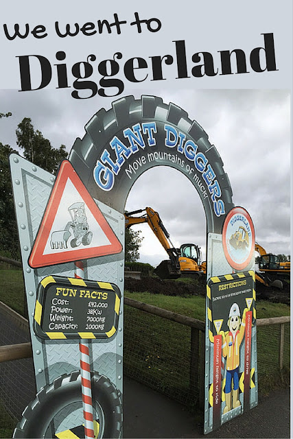 We went to Diggerland!