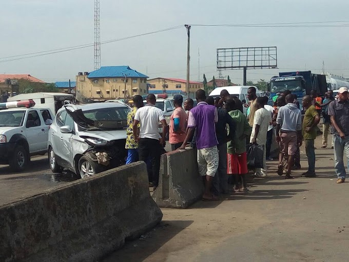 A Car crushes a white man to death in Ogun State