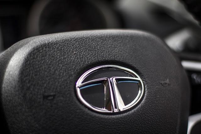 Tata Tiago XZA Logo