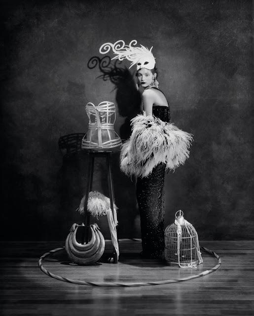 Fotografia in bianco e nero di Giovanni Gastel