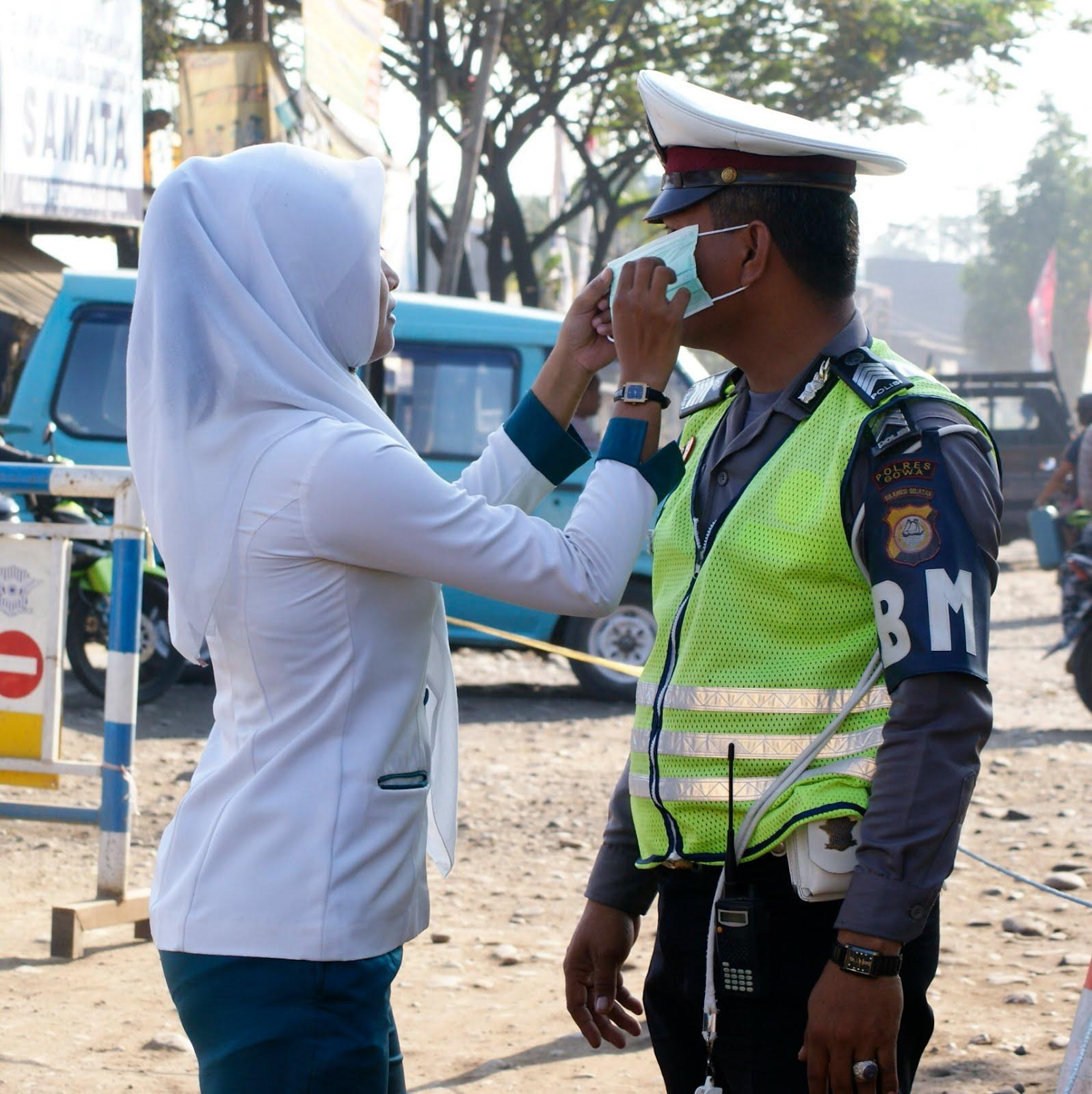 Kumpulan Gambar Dp Bbm Istri Polisi Terlengkap Top Gambar