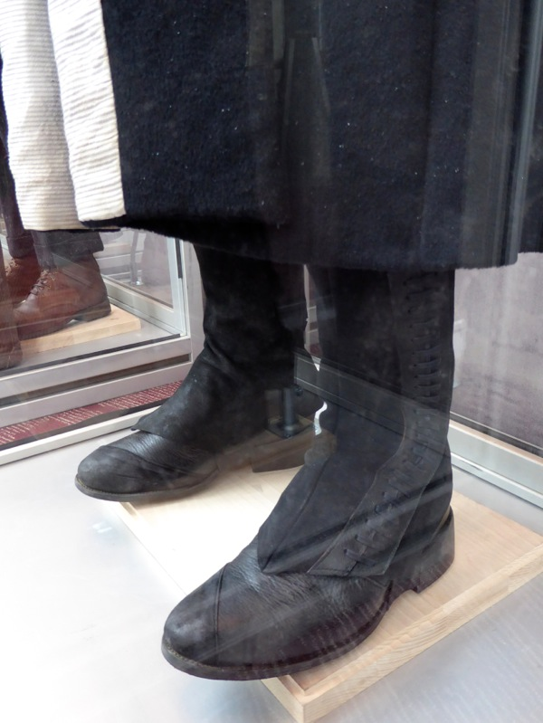 Percival Graves Fantastic Beasts costume boots