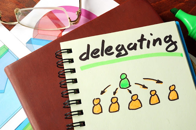 How do you effectively delegate tasks as a freelancer?