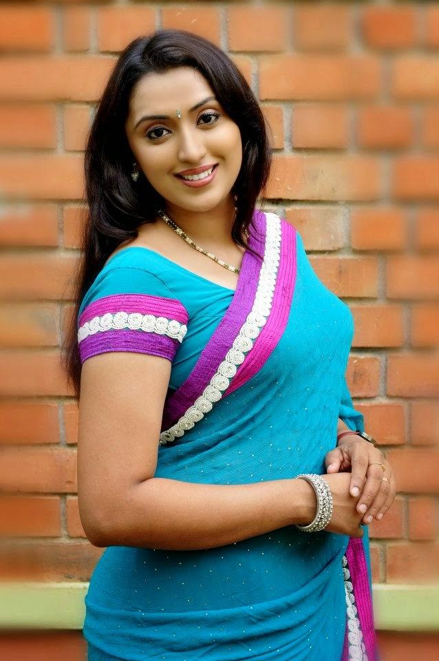 Geethanjali Serial Actress Hot Photos From Shooting -7267