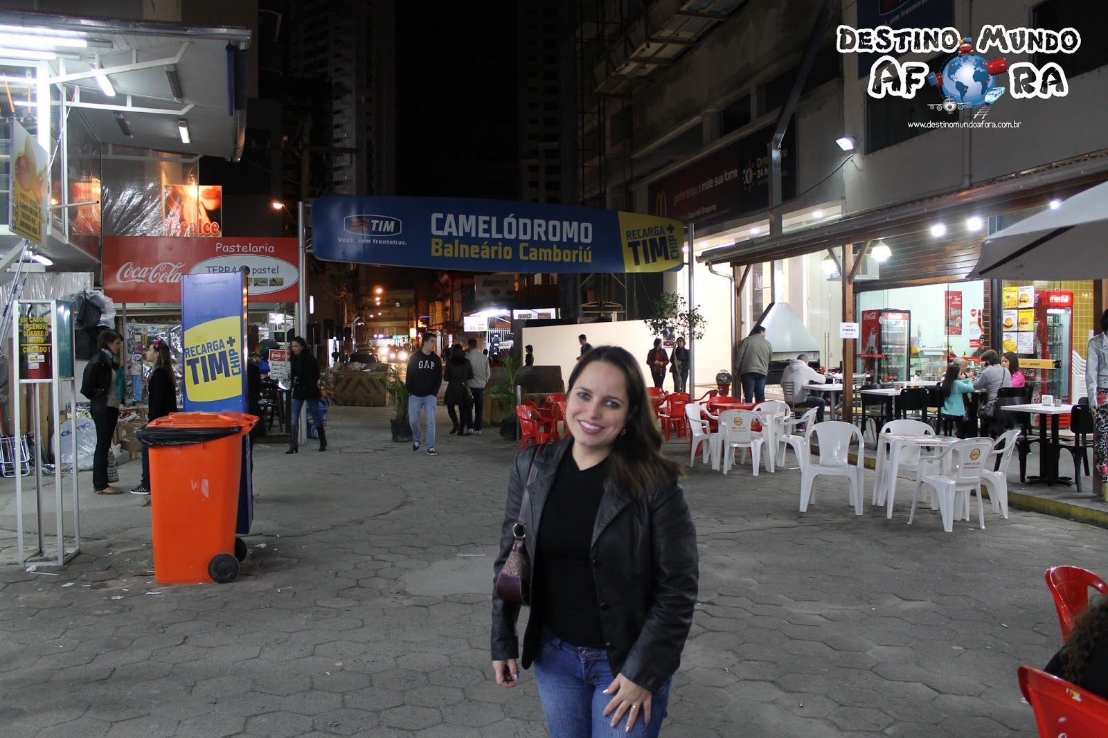 2d9627798 Localizado próximo à rua 1.500, bem no centro, o Camelódromo tem cerca de  300 lojas, é bem organizado, limpo, com banheiros e lanchonetes.