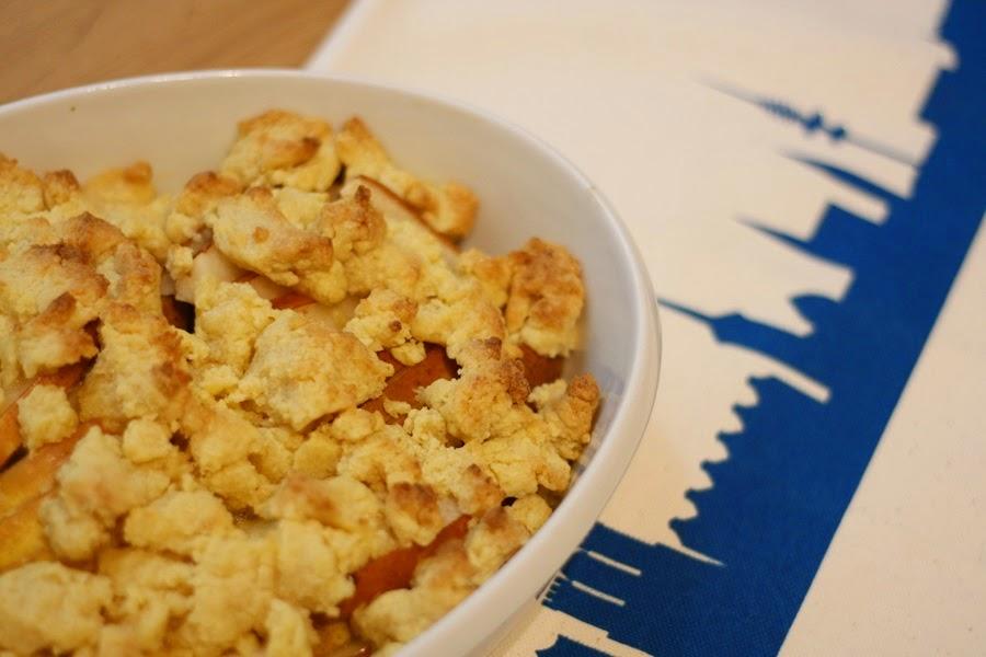 Sekundentakt: Birnen-Marzipan-Crumble