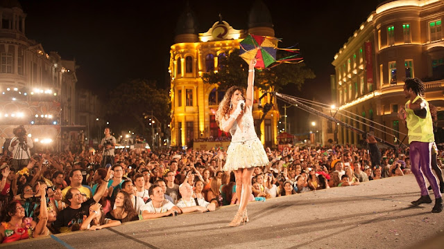 Assista Ao Vivo os Shows de Alceu, Elba Ramalho e o Maestro Spok direto do Marco Zero