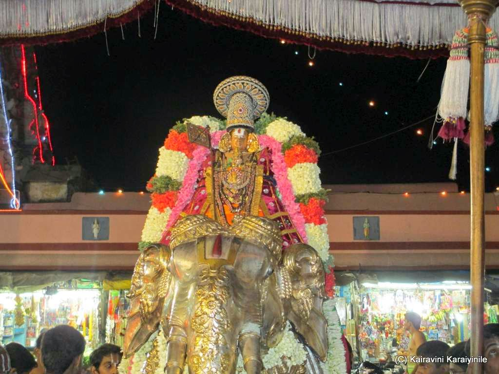 Kairavini Karaiyinile திரு அல்லிக்கேணி குளக்கரையோரம்
