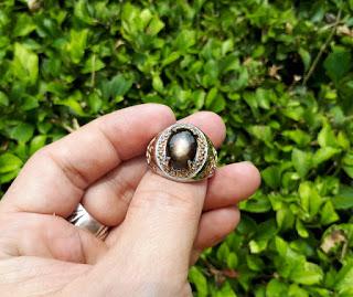 Batu Permata Mulia Black Safir Ster Like Golden Star SF007