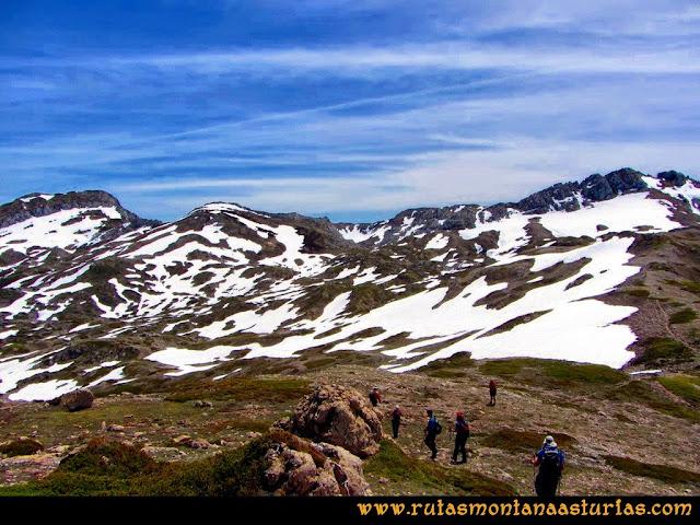 Ruta Farrapona, Albos, Calabazosa: Camino a Peña Calabazosa