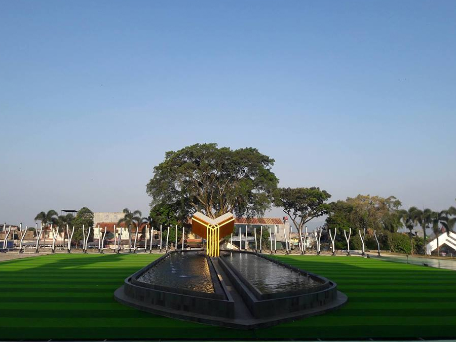 Tak Hanya Di Bandung Taman Alun Alun Instagramable Ada Di