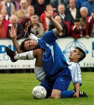 Funny Sport Pictures On Soccer Game
