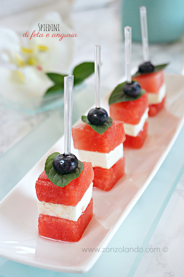 Spiedini di feta e anguria, antipasto leggero e gustoso - feta and watermelon skewers recipe light veggie