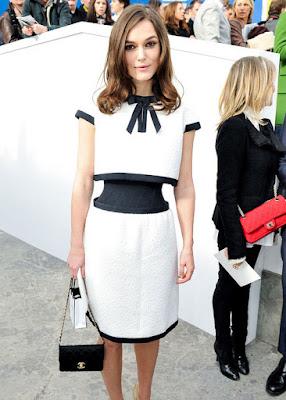 Beli oldukça ince gösteren modern bir elbise