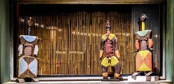 Έκθεση με έργα λαϊκής τέχνης, κοσμήματα, καθημερινά αντικείμενα και υφάσματα από αφρικανικές χώρες στο Ναύπλιο