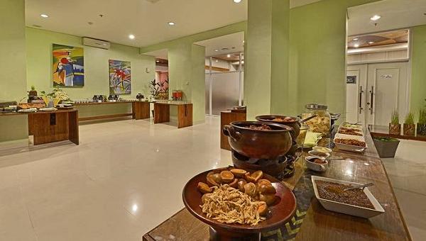 Booking Hotel di Yogyakarka Whiz Hotel Malioboro Mulai 300 Ribuan