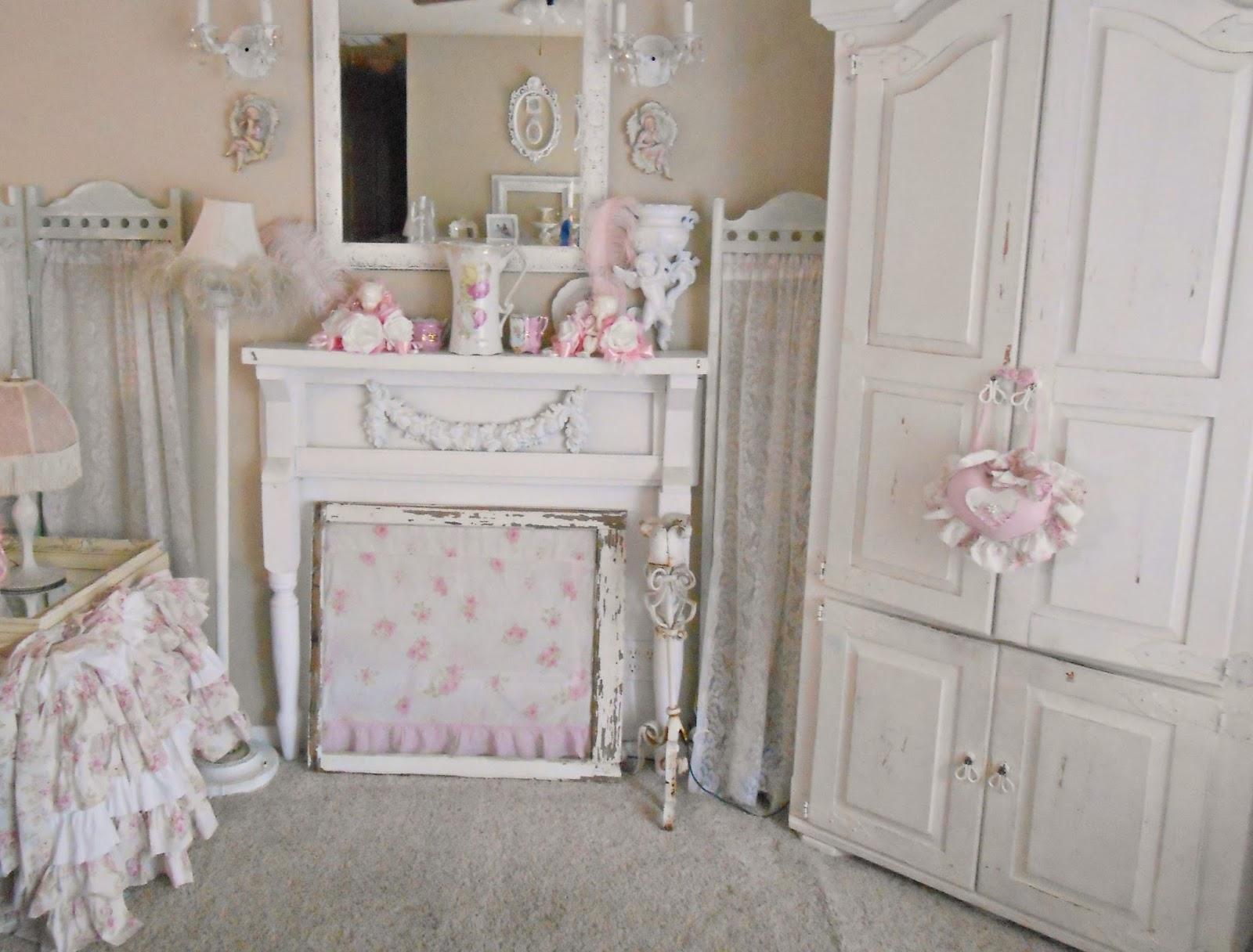 Olivia's Romantic Home: Shabby Chic Living Room