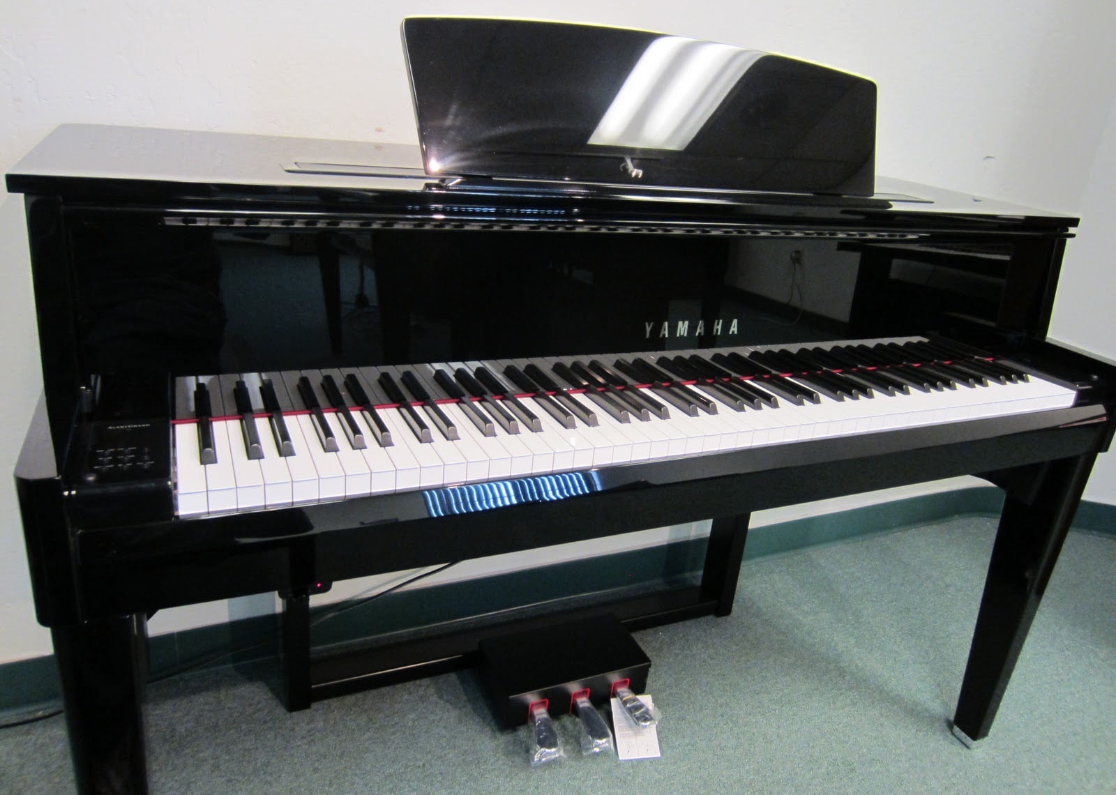 az piano reviews review yamaha avantgrand n1 n2 n3 digital pianos awesome but pricey. Black Bedroom Furniture Sets. Home Design Ideas