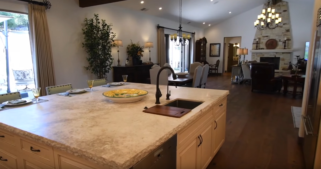 12 Photos vs. 605 Belavida Rd, Monterey, CA Home Interior Design Tour