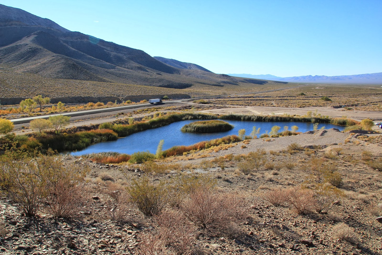 Big Valley Ford >> Travels with Twinkles: Beatty, Rhyrolite and Death Valley