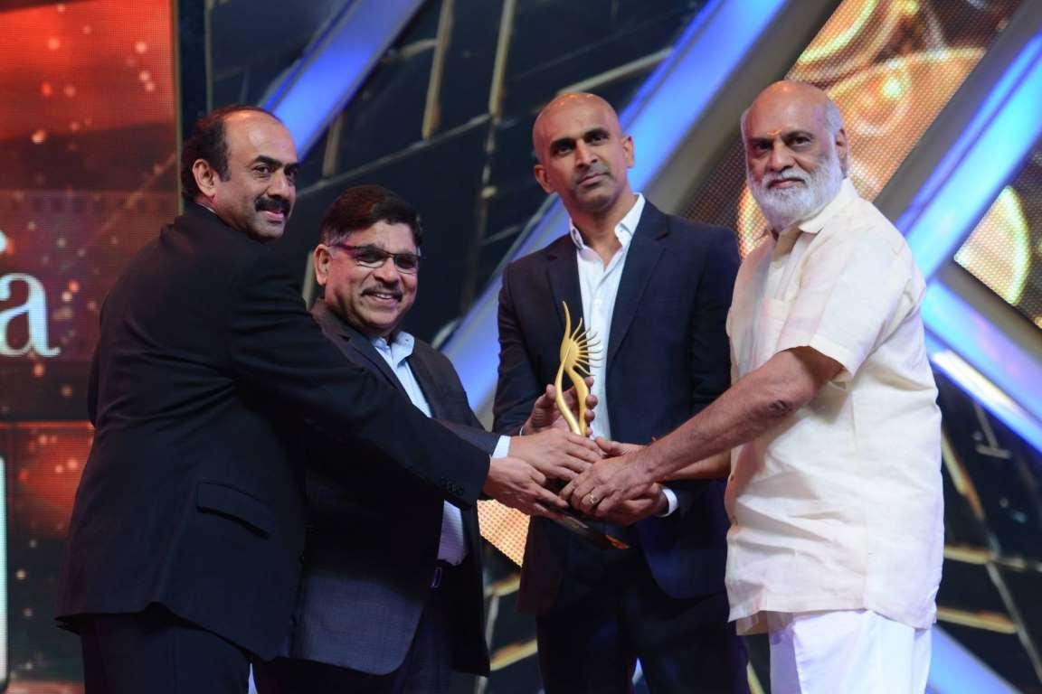 Baahubali producer Prasad Devineni collected the Best Picture  Telugu award